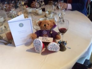 charter-lunch-fred-bear